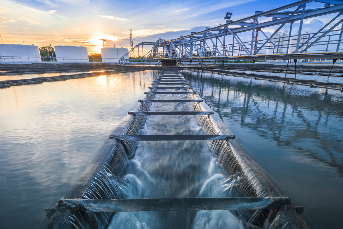 water_infrastructure_wastewater_treatment_facility_sewage_treatment_plant_by_tuachanwatthana_gettyimages-505176828_2400x1600-100840703-large
